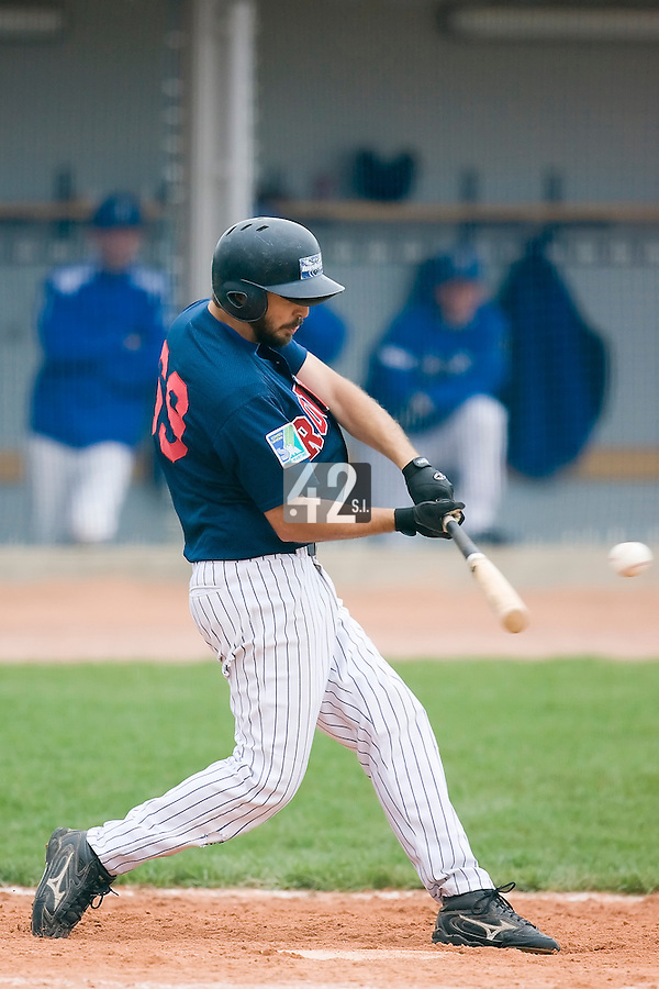 10 Aug 2007: Flavien Peron is seen at bat during game 1 of the french championship finals between Templiers (Senart) and Huskies (Rouen) in Chartres, France. Templiers beat Huskies 1-0.