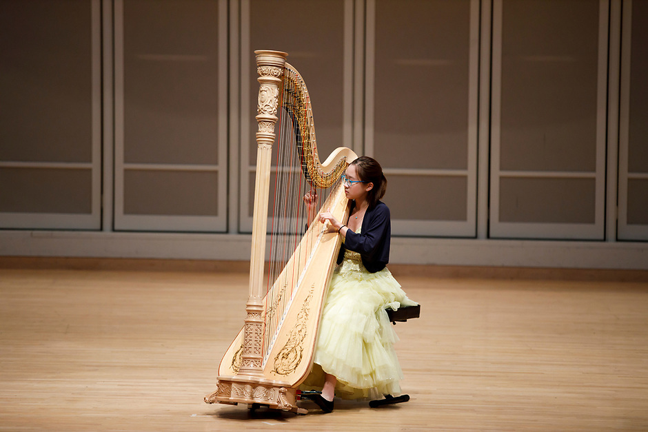 Annette Lee performs during the Stars of Tomorrow Concert at the 11th USA International Harp Competition at Indiana University in Bloomington, Indiana on Thursday, July 11, 2019. (Photo by James Brosher)