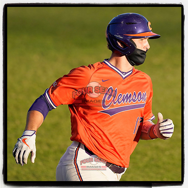 Adam Hackenberg (17) of the Clemson Tigers runs out a hit in a fall scrimmage at Doug Kingsmore Stadium in Clemson, S.C.  (Tom Priddy/Four Seam Images)