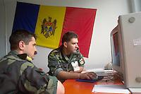 - headquarters NRDC (NATO Rapid Deployable Corps) in Solbiate Olona (Varese), officers of Rumania....- comando NRDC (NATO Rapid Deployable Corps) di Solbiate Olona (Varese), ufficiali della Romania