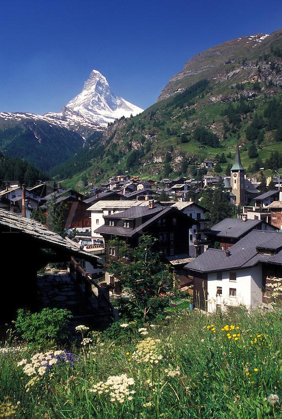 Zermatt, Matterhorn, Switzerland, Valais, Alps, Scenic view of the mountain resort village of Zermatt with a view of the Matterhorn in the Swiss Alps.
