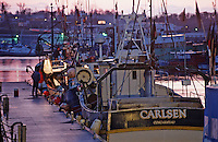 Europe/France/Bretagne/29/Finistère/Concarneau: Le port de nuit et bateau de pêche