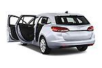 Car images of 2016 Opel Astra Innovation 5 Door Wagon Doors