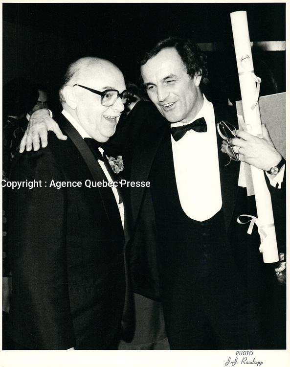 le maire Jean Drapeau et Charles Dutoit<br /> 21 octobre 1983<br /> <br /> <br />  - PHOTO D'ARCHIVE :  Agence Quebec Presse
