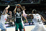 Basketball Real Madrid´s Slaughter (R) and Zalgiris Kaunas´s Anderson (C) during Euroleague basketball match in Madrid, Spain. October 17, 2014. (ALTERPHOTOS/Victor Blanco)