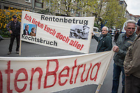 Demonstration gegen die geplante Rentenberechnung fuer ehemalige DDR-Buerger, die vor dem Mauerfall in den Westen uebergesiedelt sind. Die Demonstrationsteilnehmer befuerchten mit der geplanten Rentenberechnung eine Schlechterstellung ihrer Rentenansprueche.<br /> Die Demonstranten zogen vom Arbeitsministerium zum Finanzminsterium und weiter zum Bundeskanzleramt.<br /> 13.4.2016, Berlin<br /> Copyright: Christian-Ditsch.de<br /> [Inhaltsveraendernde Manipulation des Fotos nur nach ausdruecklicher Genehmigung des Fotografen. Vereinbarungen ueber Abtretung von Persoenlichkeitsrechten/Model Release der abgebildeten Person/Personen liegen nicht vor. NO MODEL RELEASE! Nur fuer Redaktionelle Zwecke. Don't publish without copyright Christian-Ditsch.de, Veroeffentlichung nur mit Fotografennennung, sowie gegen Honorar, MwSt. und Beleg. Konto: I N G - D i B a, IBAN DE58500105175400192269, BIC INGDDEFFXXX, Kontakt: post@christian-ditsch.de<br /> Bei der Bearbeitung der Dateiinformationen darf die Urheberkennzeichnung in den EXIF- und  IPTC-Daten nicht entfernt werden, diese sind in digitalen Medien nach §95c UrhG rechtlich geschuetzt. Der Urhebervermerk wird gemaess §13 UrhG verlangt.]