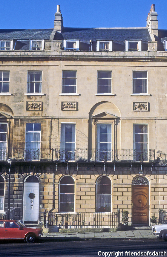 Bath: Marlborough Buildings, elevation, 1790. Just north of Royal Crescent.