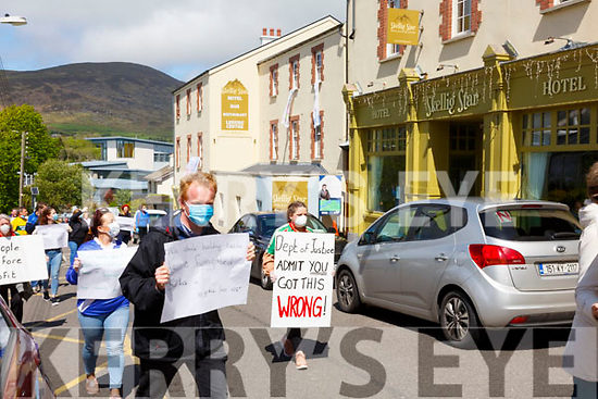 Local residents come out in support of the Direct Provision Residents of the Skellig Star Direct Provision Centre on Thursday voicing their disgust at the Department of Justice and their handling of the situation.