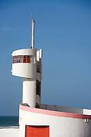 Afrique/Afrique du Nord/Maroc /Casablanca: sur la Corniche un poste de surveillance de plage, exemple d'architecture art-déco
