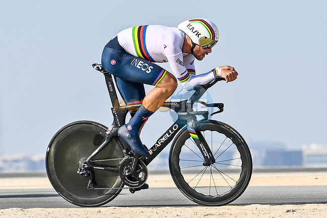 World Champion Filippo Ganna (ITA) Ineos Grenadiers during Stage 2 of the 2021 UAE Tour running 13km around Al Hudayriyat Island, Abu Dhabi, UAE. 22nd February 2021.  <br /> Picture: LaPresse/Fabio Ferrari | Cyclefile<br /> <br /> All photos usage must carry mandatory copyright credit (© Cyclefile | LaPresse/Fabio Ferrari)