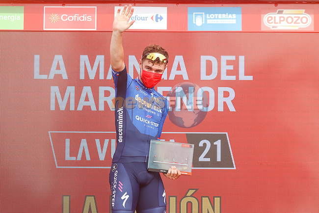 Fabio Jakobsen (NED) Deceuninck-Quick Step wins Stage 8 of La Vuelta d'Espana 2021, running 173.7km from Santa Pola to La Manga del Mar Menor, Spain. 21st August 2021.     <br /> Picture: Luis Angel Gomez/Photogomezsport | Cyclefile<br /> <br /> All photos usage must carry mandatory copyright credit (© Cyclefile | Luis Angel Gomez/Photogomezsport)