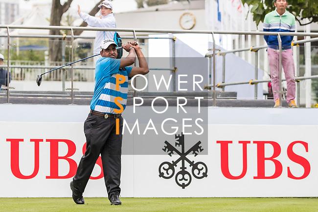 Mukesh Kumar of India tees off during the day four of UBS Hong Kong Open 2017 at the Hong Kong Golf Club on 26 November 2017, in Hong Kong, Hong Kong. Photo by Yu Chun Christopher Wong / Power Sport Images