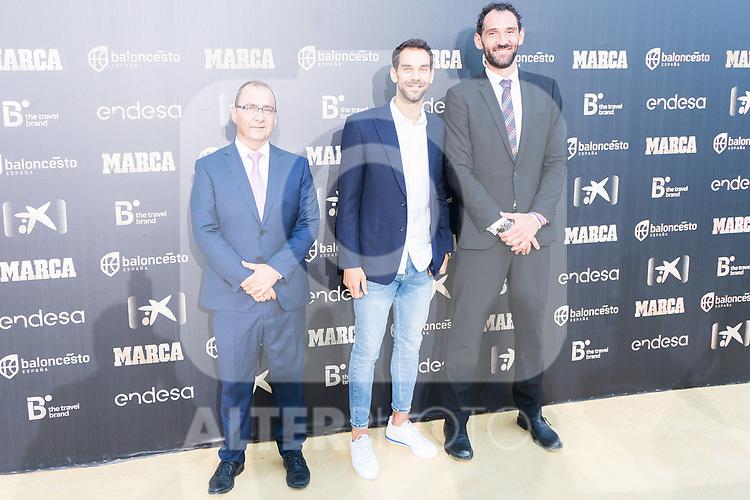 Newspaper Marca Director Juan Ignacio Gallardo (l), Basketball player Jose Manuel Calderon and President of Spanish Federation of Basketball Jorge Garbajosa (r) attends photocall previous to the first edition of Spanish Basketball Awards. July 25, 2019. (ALTERPHOTOS/Francis Gonzalez)