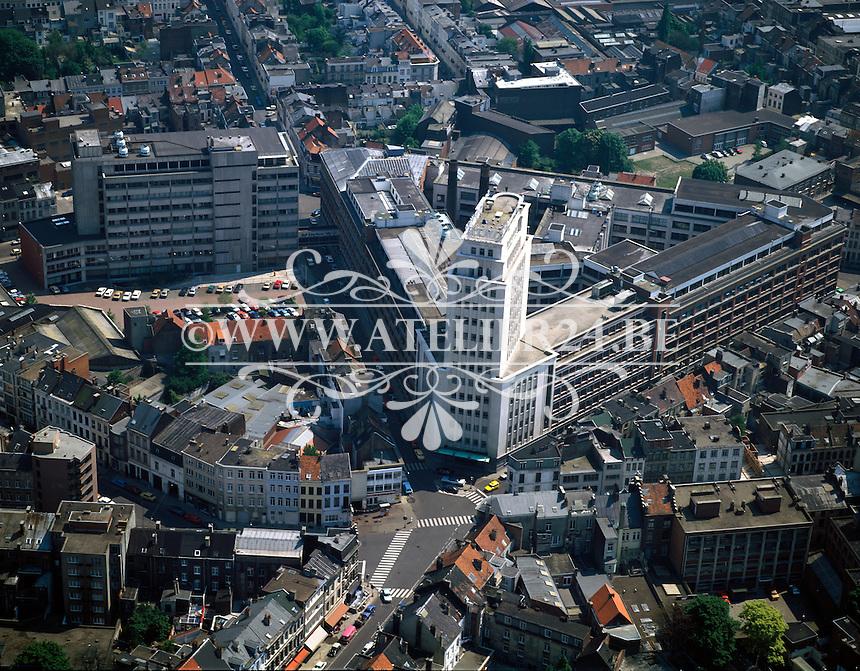 September 1998. Belltoren aan het Francis Wellesplein.