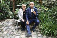 """CATHERINE COSTA (EPOUSE D'HENRI SALVADOR), LOUIS CHEDID - LANCEMENT DE L'ALBUM HOMMAGE A HENRI SALVADOR """"HENRI A 100 ANS"""" A PARIS, FRANCE, LE 20/09/2017."""