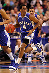 Kentucky guard Rajon Rondo (4) brings the ball up the court.  Connecticut defeated Kentucky 87-83 in the second round of the NCAA Tournament  at the Wachovia Center in Philadelphia, Pennsylvania on March 19, 2006.