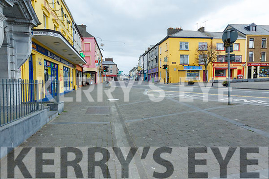 Listowel: View of the Square, Small Square & Church St. almost deserted