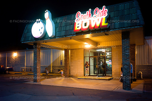 Scranton, Pennsylvania.August 2, 2012..South Side bowling alley...Photograph by Alan Chin.