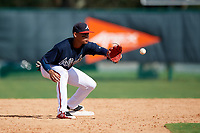 Atlanta Braves second baseman Derian Cruz (4) waits for a throw during an Instructional League game against the Detroit Tigers on October 10, 2017 at the ESPN Wide World of Sports Complex in Orlando, Florida.  (Mike Janes/Four Seam Images)