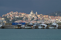 - panorama of Porto Maurizio from the sea (Imperia<br /> <br /> - panorama di Porto Maurizio dal mare (Imperia)