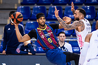 11th April 2021; Palau Blaugrana, Barcelona, Catalonia, Spain; Liga ACB Basketball, Barcelona versus Real Madrid; 0 Davis of Barcelona passes during the Liga Endesa match