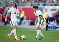 Sara Daebritz, Dzsenifer Marozsan vor Freistoss  <br /> /   World Championships Qualifiers women women /  2017/2018 / 07.04.2018 / DFB National Team / GER Germany vs. Czech Republic CZE 180407037 / <br />  *** Local Caption *** © pixathlon<br /> Contact: +49-40-22 63 02 60 , info@pixathlon.de