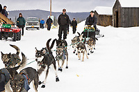 Jeff King leaves the Nulato checkpoint in 2nd place on Saturday afternoon during the 2008 Iditarod