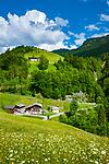 Oesterreich, Salzburger Land, Pinzgau, oberhalb von St. Martin bei Lofer: das Wildental, beliebtes Wandergebiet | Austria, Salzburger Land, Pinzgau, above St. Martin near Lofer: Wildental, popular hiking area