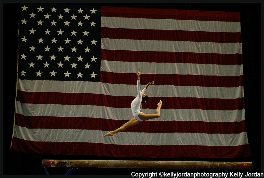 Mexico's Elsa Garcia performs on the balance beam during the 2007 Tyson American Cup at the Jacksonville Memorial Arena in jacksonville, Florida Saturday March 3, 2007.(AP Photo/Kelly Jordan)