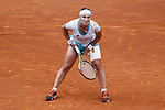 Svetlana Kuznetsova from Russia gets injured during her Madrid Open tennis final match against Petra Kvitova from Czech Republic in Madrid, Spain. May 09, 2015. (ALTERPHOTOS/Victor Blanco)
