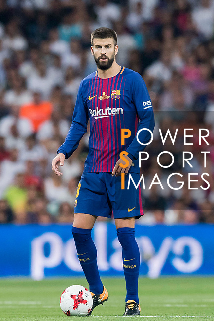 Gerard Pique Bernabeu of FC Barcelona in action during their Supercopa de Espana Final 2nd Leg match between Real Madrid and FC Barcelona at the Estadio Santiago Bernabeu on 16 August 2017 in Madrid, Spain. Photo by Diego Gonzalez Souto / Power Sport Images