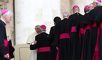 Papa Francesco saluta alcuni prelati al termine dell'udienza generale del mercoledi' in Piazza San Pietro, Citta' del Vaticano, 18 aprile, 2018.<br /> Pope Francis greets some prelates at the end of his weekly general audience in St. Peter's Square at the Vatican, on April 18, 2018.<br /> UPDATE IMAGES PRESS/Isabella Bonotto<br /> <br /> STRICTLY ONLY FOR EDITORIAL USE