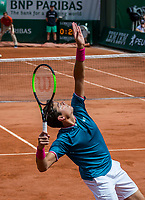 Paris, France, 4 June, 2017, Tennis, French Open, Roland Garros, Milos Raonic (CAN)<br /> Photo: Henk Koster/tennisimages.com