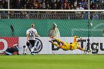 09.08.2019, BWT-Stadion am Hardtwald, Sandhausen, GER, DFB Pokal, 1. Runde, SV Sandhausen vs. Borussia Moenchengladbach, <br /> <br /> DFL REGULATIONS PROHIBIT ANY USE OF PHOTOGRAPHS AS IMAGE SEQUENCES AND/OR QUASI-VIDEO.<br /> <br /> im Bild: Marcus Thuram (#10, Borussia Moenchengladbach) trfft das Tor zum 0:1<br /> <br /> Foto © nordphoto / Fabisch