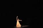 VOLLMOND (Pleine lune)<br /> <br /> Mise en scène, chorégraphie Pina Bausch<br /> Décor : Peter Pabst<br /> Costumes : Marion Cito<br /> Collaboration musicale : Matthias Burkert, Andreas Eisenschneider<br /> Assistants à la mise en scène : Marion Cito,.Daphnis Kokkinos, Robert Sturm<br /> Musique Amon Tobin, Alexander Balanescu.et le Balanescu Quartett, Cat Power, Carl.Craig, Jun Miyake, Leftfield, Magyar Posse,.Nenad Jelic, René Aubry, Tom Waits.<br /> Interprètes : Rainer Behr, Silvia Farias,.Ditta Miranda Jasjfi, Dominique Mercy,.Nazareth Panadero, Helena Pikon,.Jorge Puerta Armenta, Azusa Seyama,.Julie Anne Stanzak, Michael Strecker,.Fernando Suels Mendoza, Kenji Takagi<br /> Lieu : Théâtre de la Ville<br /> Paris, le 16 juin 2007<br /> © Laurent Paillier / photosdedanse.com<br /> All rights reserved