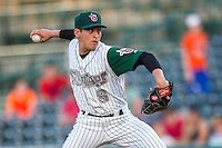Fort Wayne TinCaps pitcher Gerardo Reyes (8) delivers a pitch to the plate against the West Michigan Whitecaps on May 23, 2016 at Parkview Field in Fort Wayne, Indiana. The TinCaps defeated the Whitecaps 3-0. (Andrew Woolley/Four Seam Images)