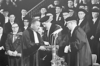 Dr. Martin Luther King, recipient of an honorary doctorate in social sciences,<br />  October 20, 1965<br /> , Amsterdam,Holland<br /> <br /> Photographer Fotograaf Onbekend / Anefo