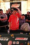 Brian Kang loses a big pot to Shiono
