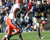 Pittsburgh running back Ray Graham. The Pittsburgh Panthers defeated the Syracuse Orange 37-10 at Heinz Field, Pittsburgh Pennsylvania on November 7, 2009..