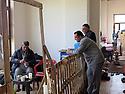 Iraq 2015 <br /> In Duhok, Christians living in a building for displaced persons <br /> Irak 2015 <br /> Des chretiens dans un immeuble de Dohok qu'ils partagent avec d'autres familles chretiennes deplacees.
