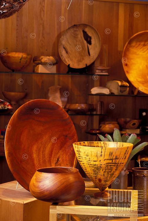 Hawaiian craft koa wood bowls