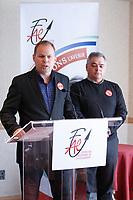 Martin Lauzon, FCN et Malette Sylvain, Federation Autonome de l'Enseignement, 8 Septembre 2015.<br /> <br /> PHOTO : Agence Quebec Presse