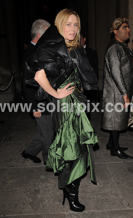 **ALL ROUND EXCLUSIVE PICTURES FROM SOLARPIX.COM**.**WORLDWIDE SYNDICATION RIGHTS**.Outside arrivals at the On_Off  Party, London Fashion Week's off-schedule designer initiative celebrating its 10th anniversary. The event also plays host to charity auction of exclusive beach huts designed by Guinness, Dixon and Geldof.  Held at the Royal Academy of Arts, London, UK.  Monday September 15, 2008...This pic: Roisin Murphy..JOB REF: 7352 SSD     DATE: 15_09_2008.**MUST CREDIT SOLARPIX.COM OR DOUBLE FEE WILL BE CHARGED* *UNDER NO CIRCUMSTANCES IS THIS IMAGE TO BE REPRODUCED FOR ANY ONLINE EDITION WITHOUT PRIOR PERMISSION*
