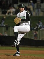 April 20, 2004:  Pitcher David Shafer of the Dayton Dragons, Midwest League (A) affiliate of the Cincinnati Reds, during a game at Fifth Third Field in Dayton, OH.  Photo by:  Mike Janes/Four Seam Images