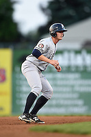 Staten Island Yankees outfielder Chris Breen (25) leads off second during a game against the Batavia Muckdogs on August 8, 2014 at Dwyer Stadium in Batavia, New York.  Staten Island defeated Batavia 4-2.  (Mike Janes/Four Seam Images)