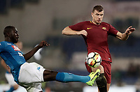 Calcio, Serie A: Roma, stadio Olimpico, 14 ottobre 2017.<br /> Roma's Edin Dzeko (r) in action with Napoli's Kalidou Koulibaly (l) during the Italian Serie A football match between Roma and Napoli at Rome's Olympic stadium, October14, 2017.<br /> UPDATE IMAGES PRESS/Isabella Bonotto