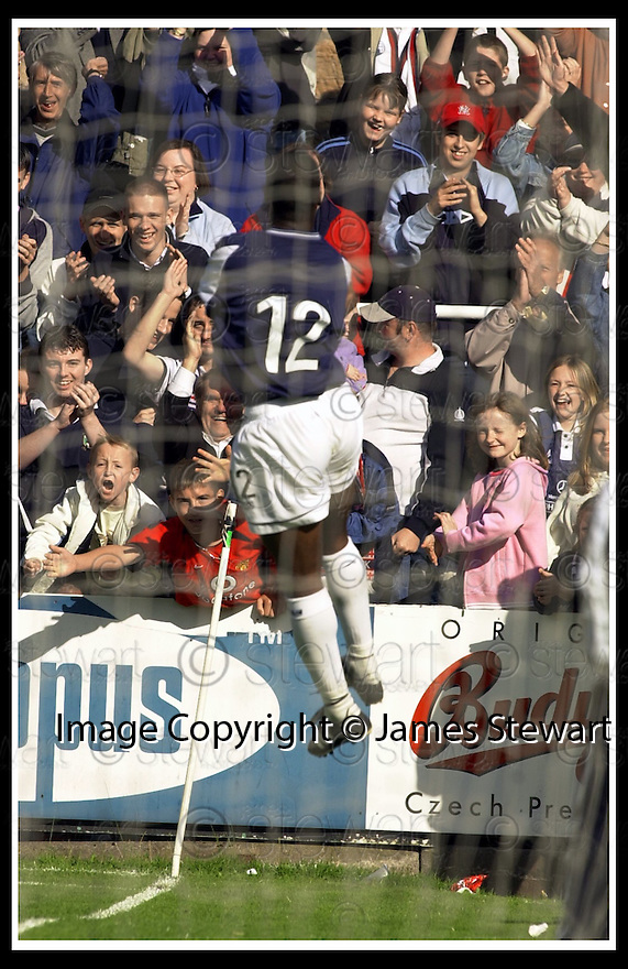31/8/02       Collect Pic : James Stewart                     .File Name : stewart-falkirk v qots 16.COLLIN SAMUEL CELEBRATES THE THIRD GOAL....James Stewart Photo Agency, 19 Carronlea Drive, Falkirk. FK2 8DN      Vat Reg No. 607 6932 25.Office : +44 (0)1324 570906     .Mobile : + 44 (0)7721 416997.Fax     :  +44 (0)1324 570906.E-mail : jim@jspa.co.uk.If you require further information then contact Jim Stewart on any of the numbers above.........