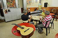 - Viareggio (Toscana), circolo ricreativo operaio, Lega dei Maestri d'Ascia e Calafati<br /> <br /> - Viareggio (Tuscany), workers' social club, League of Masters of Ax and Caulk