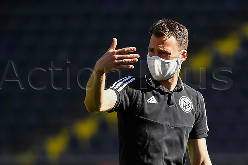16th May 2020, Commerzbank-Arena, Frankfurt, Germany; Bundesliga football, Eintracht Frankfurt versus Borussia Moenchangladbach; Referees warm up in masks