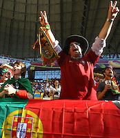 13.06.2012, LWOW, PILKA NOZNA, FOOTBALL, MISTRZOSTWA EUROPY W PILCE NOZNEJ, EURO 2012, FOOTBALL EUROPEAN CHAMPIONSHIP, DANIA - PORTUGALIA, DENMARK - PORTUGAL, KIBICE PORTUGALII, FOT. TOMASZ JASTRZEBOWSKI / FOTO OLIMPIK/NEWSPIX.PL.---.Newspix.pl